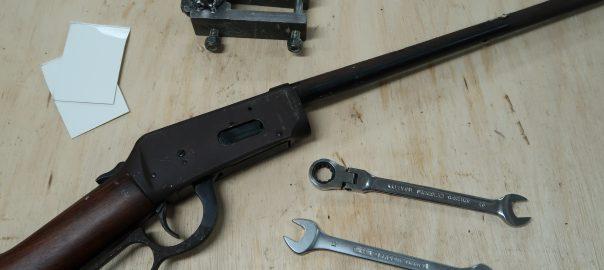 Wonchester 94, les outils pour le démontage du canon.
