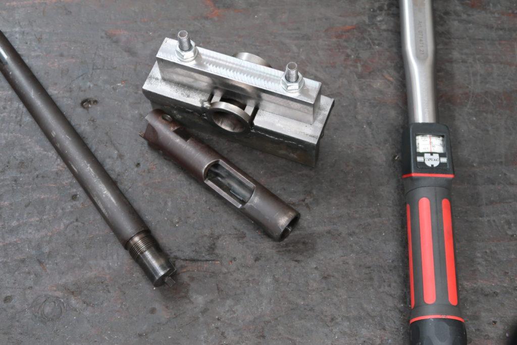 Vue sur un Ruger MK2 dont la canon a été démonté.